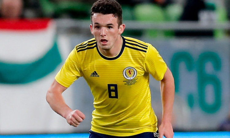 Celtic close to signing John McGinn from Hibernian