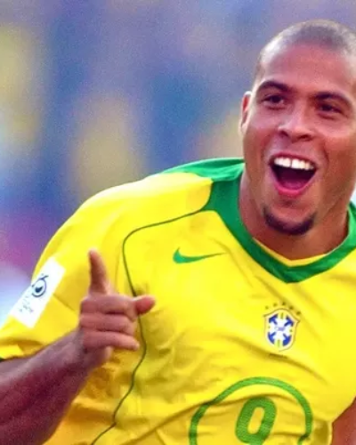 Brazilian Legend, Ronaldo de Lima, Sends Warning to Coutinho as Barcelona Lurks