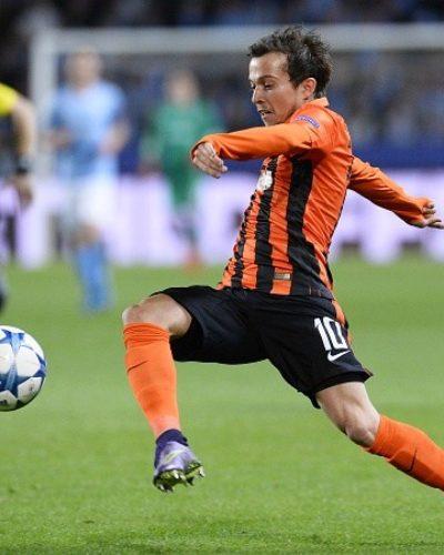 Chelsea shifts attention to Bernard as Golovin deals stalls