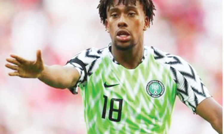 Top Nigeria Football News: Arsenal fans attack Alex Iwobi over dwindling form