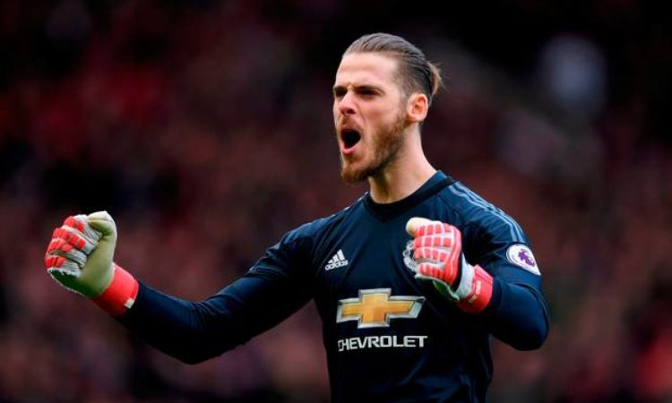 Transfer talk: Manchester United prepares to trigger De Gea's contract